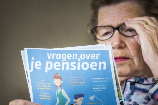 Seniorenclubs dagen Staat voor rechter om pensioenen