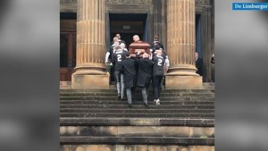 Video: Duizenden nemen in Glasgow afscheid van Fernando Ricksen