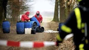 Celstraffen voor Heerlenaren die duizend liter drugsafval in beek dumpten