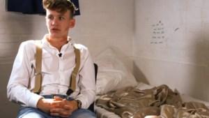 Ties en Govert sliepen tussen 'schreeuwende moordenaars' na arrestatie Area 51