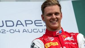 Mick Schumacher lonkt naar Formule 1