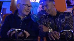 Video: Geen bingo voor Theo (73), maar ritjes in razendsnelle kermisattracties