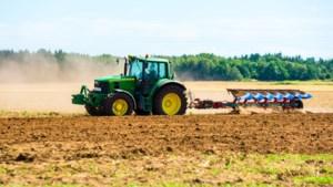 Honderden Limburgse boeren demonstreren in Den Haag
