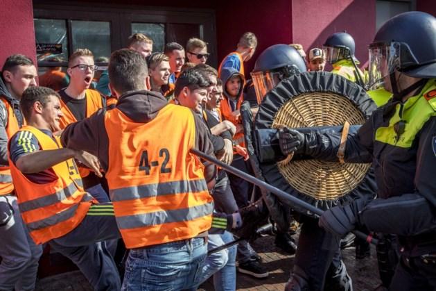ME-oefening van politie in de Weerter binnenstad