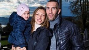 Vrouw Fernando Ricksen: 'Ongelooflijk trots hoe je deze strijd hebt gevoerd'