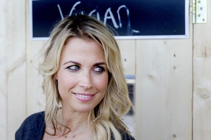 Voormalig presentatrice Vivian Reijs getroffen door hartstilstand