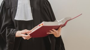 Hoogleraar Open Universiteit Heerlen: 'Juristen breder opleiden'