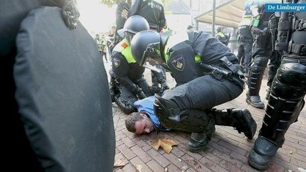 Oefening ME: politie jaagt 'raddraaiers' door centrum van Weert