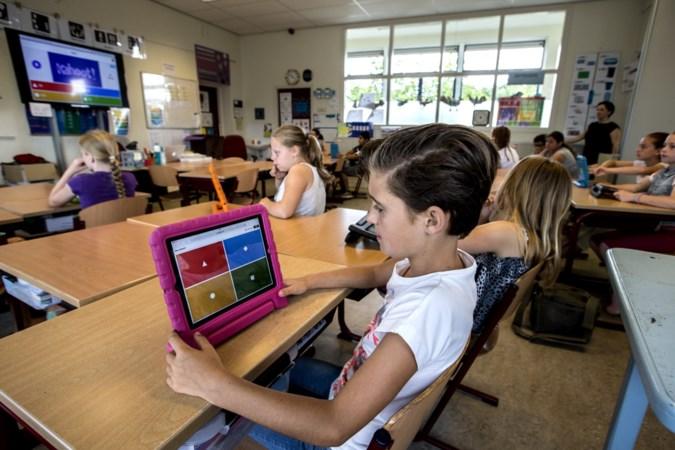 De Stapsteen in Herten eerste basisschool met certificaat van Apple