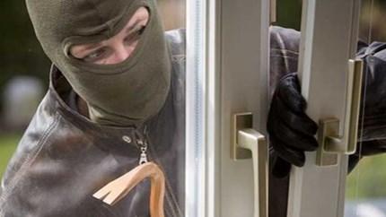 Video: zo komen inbrekers doodeenvoudig je huis binnen