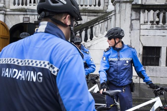 's Nachts politieportofoons voor Maastrichtse handhavers