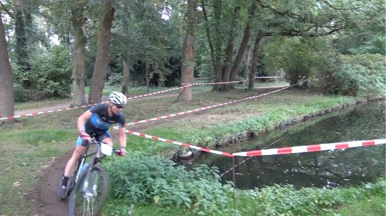 Baarlonaren domineren Limburgs crosskampioenschap