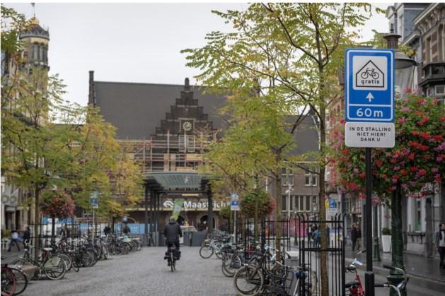Ook aangepast bord bij station in Maastricht heeft weinig effect