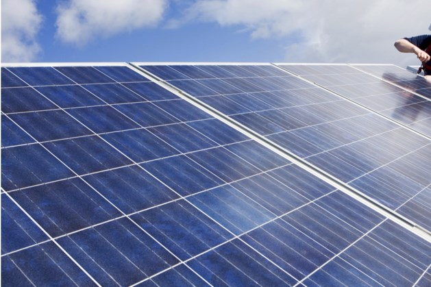 Gemeente Sittard-Geleen waarschuwt voor babbeltruc met zonnepanelen