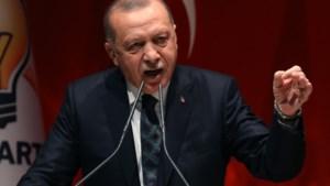 Turkije dreigt 3,6 miljoen vluchtelingen naar Europa te sturen