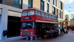 Fiepbus komt aan op Ligne in Sittard