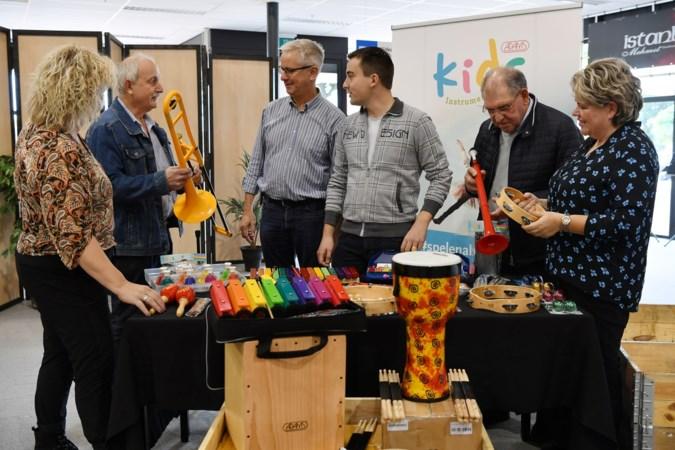 Scholen krijgen 'provinciale' instrumenten: 'Ze bloeien op in de muziekles'