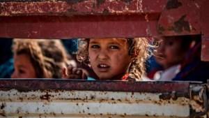 LIVE: VN: 100.000 mensen op de vlucht na Turkse inval in Syrië