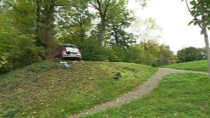 Kind (11) gewond na aanrijding met personenauto