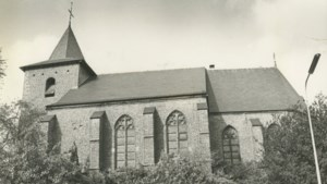 Capella Droezjba luistert mis op in Kleine Kerkje van Eygelshoven
