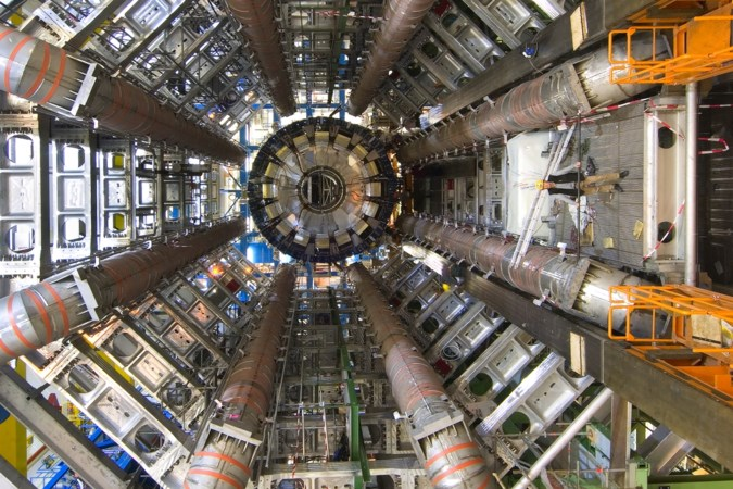 CERN in Genève wil grip krijgen op het universum: de kosmos in hightech
