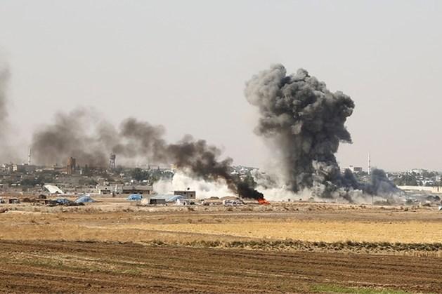 Steeds meer Syriërs slaan op de vlucht voor geweld