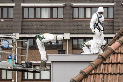 Huizenbezitter kan geld lenen om asbest van zijn dak te laten halen