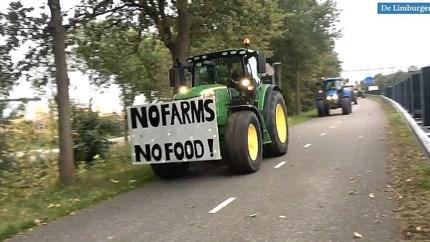 Video: Boze Limburgse boeren per tractor onderweg naar provinciehuis