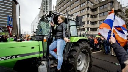 Video: Boerenprotest legt Den Haag lam