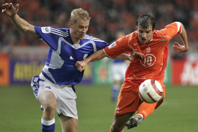 Rafael van der Vaart heeft niets te zoeken in Oranje aller tijden