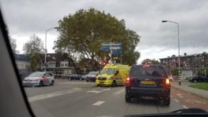 Scooterrijder raakt gewond bij aanrijding met auto