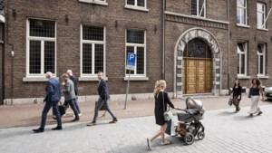 Bisdom Roermond schrapt kwart van alle banen