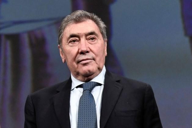Wielerlegende Eddy Merckx na zware val weer thuis