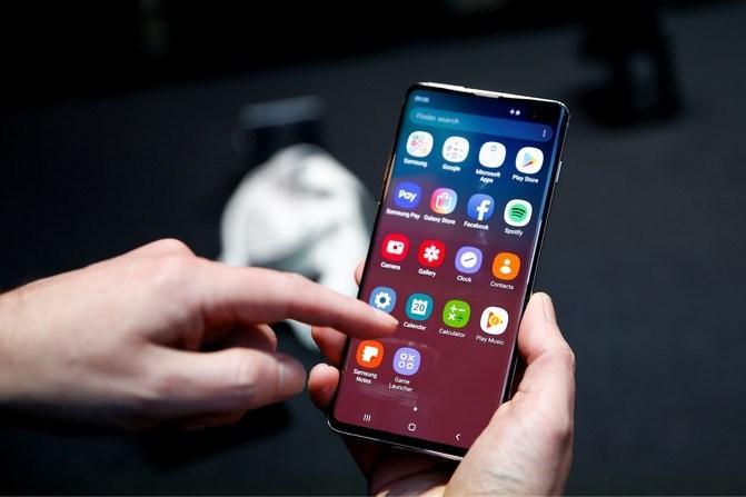 Samsung waarschuwt voor veiligheidsprobleem: 'wis alle vingerafdrukken van Galaxy-telefoons'
