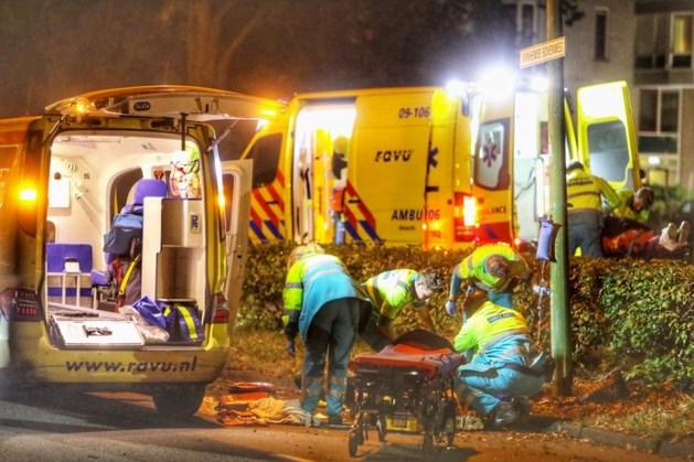 Scooterrijder (21) dood na botsing met lichtmast