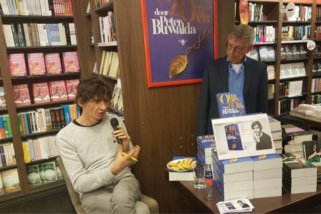 Schrijver Peter Buwalda signeerde in Weert
