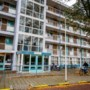 Vrouw ligt wekenlang dood in flat: vliegenoverlast bij buren