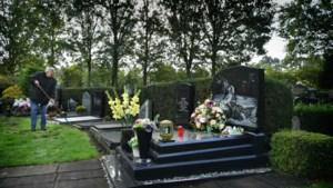 Alleen het kerkhof herinnert in Stramproy nog aan de Zangeres zonder Naam