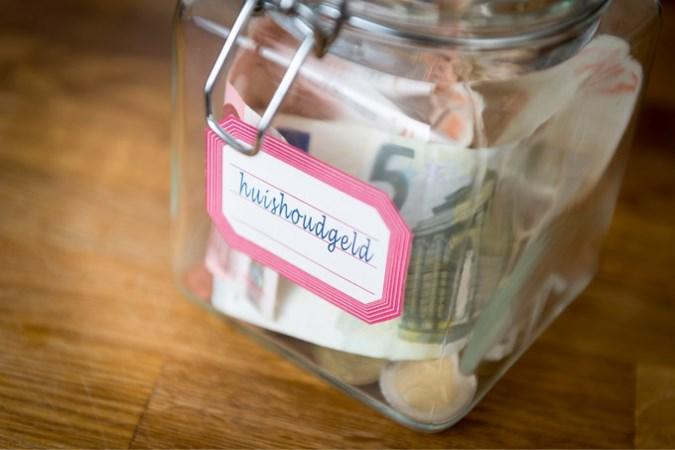 Huurders vrije sector komen niet aan sparen toe: 'Koopwens onhaalbaar'