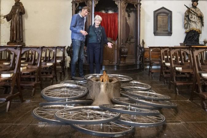 Moderne kunst in Sittardse kerken, dat is voor iedereen even wennen