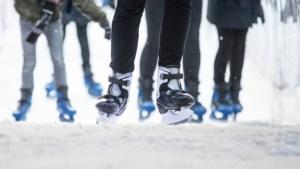 IJsbaantje tijdens kerstperiode op Par'Course in Valkenburg