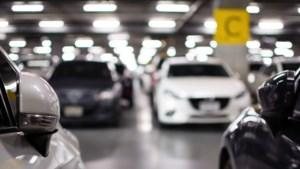 ABP steekt pensioengeld in parkeerplaatsen
