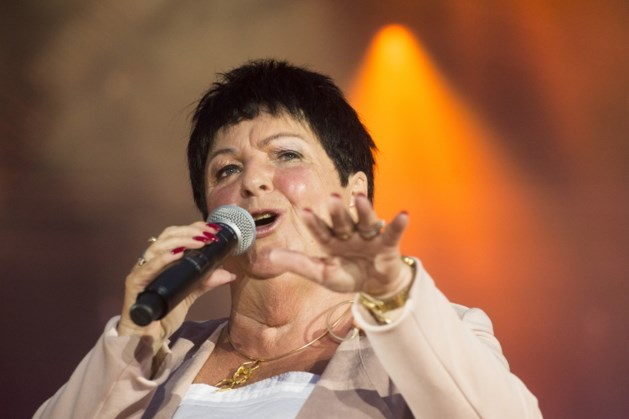 Limburgse artiesten zingen lied bij DWDD