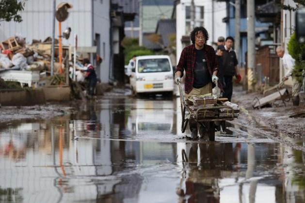 80.000 Japanners geëvacueerd na zware regenval in door tyfoon getroffen gebied