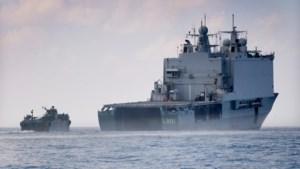 Marechaussee zoekt op Nederlands marineschip naar drugs