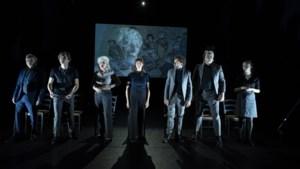 Recensie: Emotie en bezinning bij herinneringsvoorstelling 'De Laatste Getuigen' van Toneelgroep Maastricht