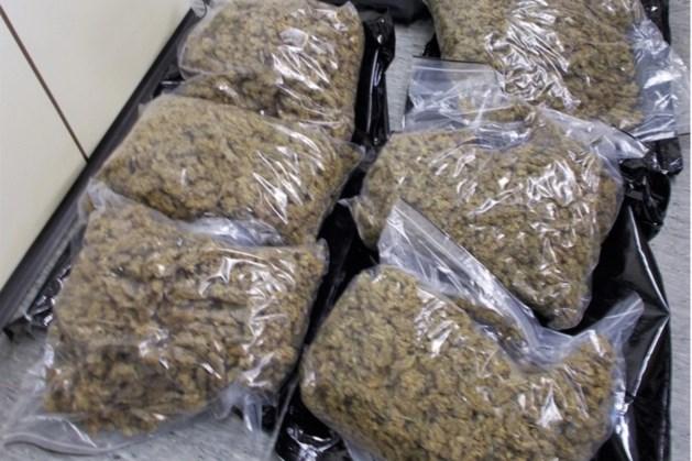 Nederlander met 15 kilo drugs in auto opgepakt in Duitsland