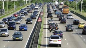 Grote vertraging op A2 door ongelukken