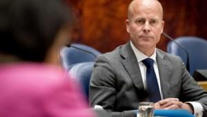 Raymond Knops vervangt per direct Ollongren als minister