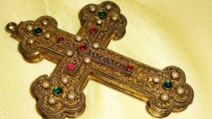 Bisschoppelijk kruis gestolen uit museum in Simpelveld